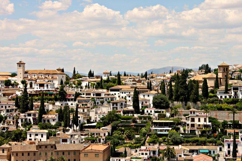 Панорамный вид на Гранаду