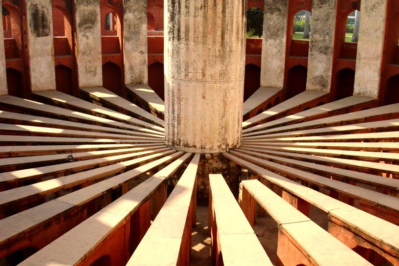Обсерватория Джантар-Мантар в Джайпуре