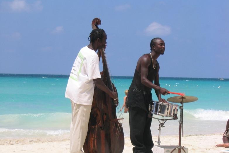 Немного джаза на пляже