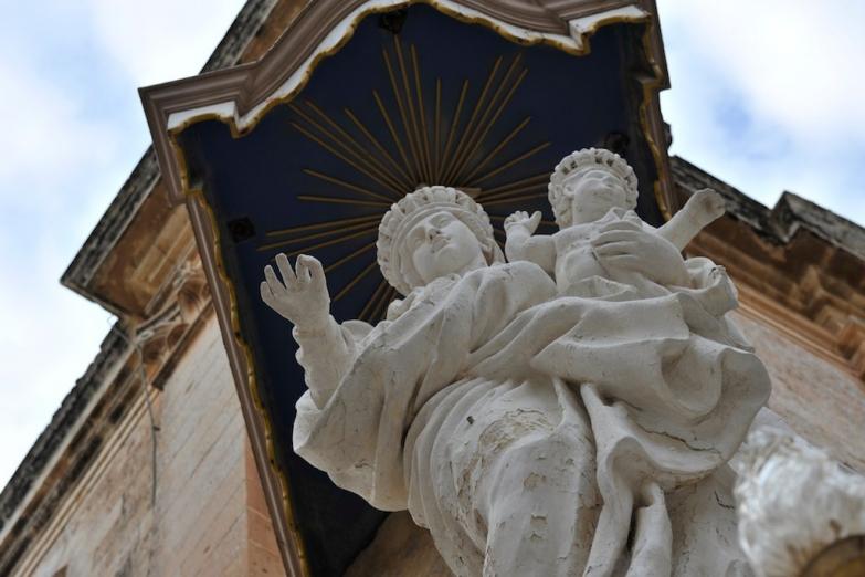 Статуя Богоматери в Мдине