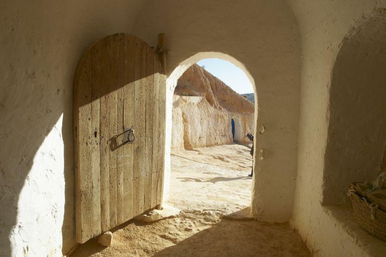 Вход в жилище Матматы