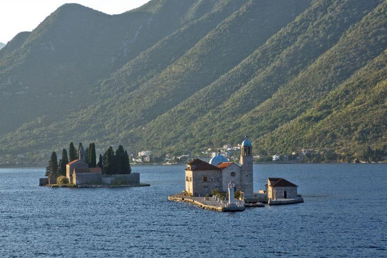 Острова Св. Николая и Госпа од Шкрпела у Пераста