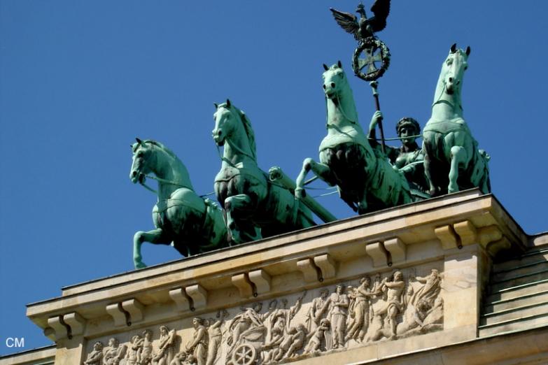 Триумфальная колесница на Бранденбургских воротах