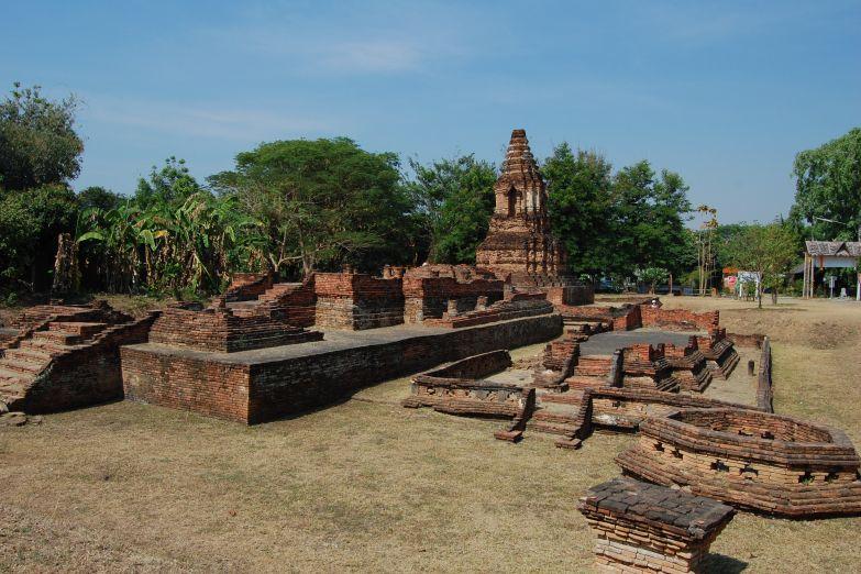 Руины города  Вианг Кум Кам
