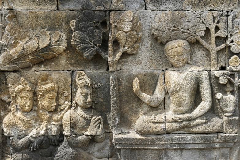 Барельефы храма Боробудур