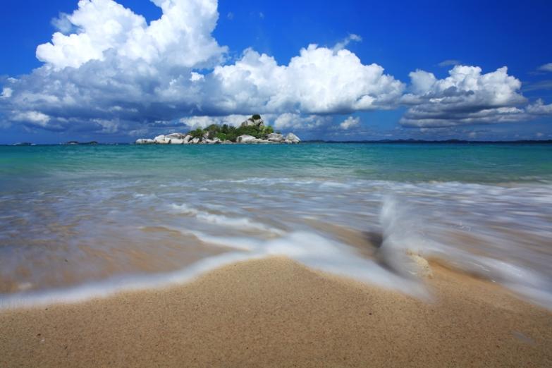 Остров Белитунг