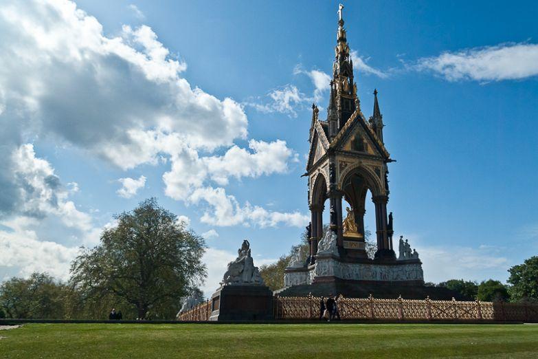 Монумент Альберта в лондонском Гайд парке