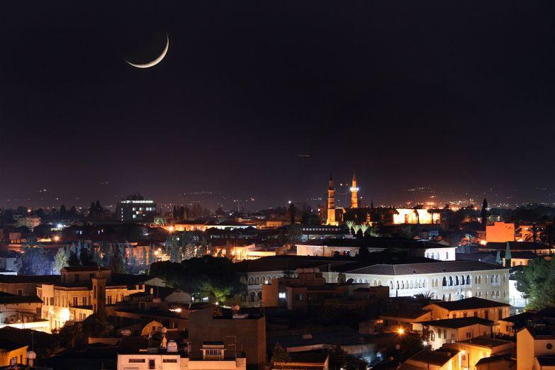Никосия ночью
