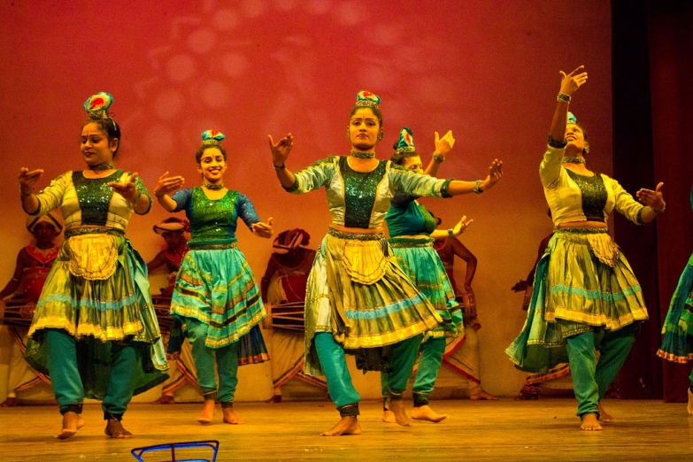Фольклорный танец