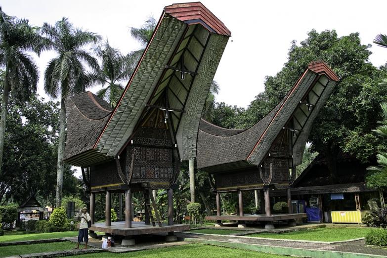 Развлекательный парк Индонезия в миниатюре