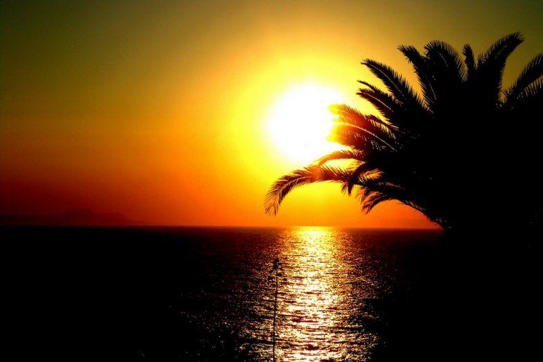 Закат на Крите