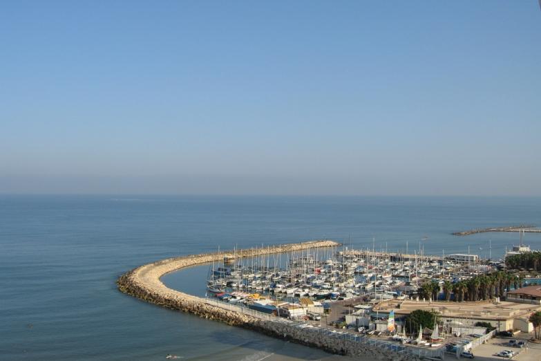Пирс с яхтами в Тель-Авиве