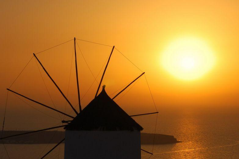 Закат над Санторини