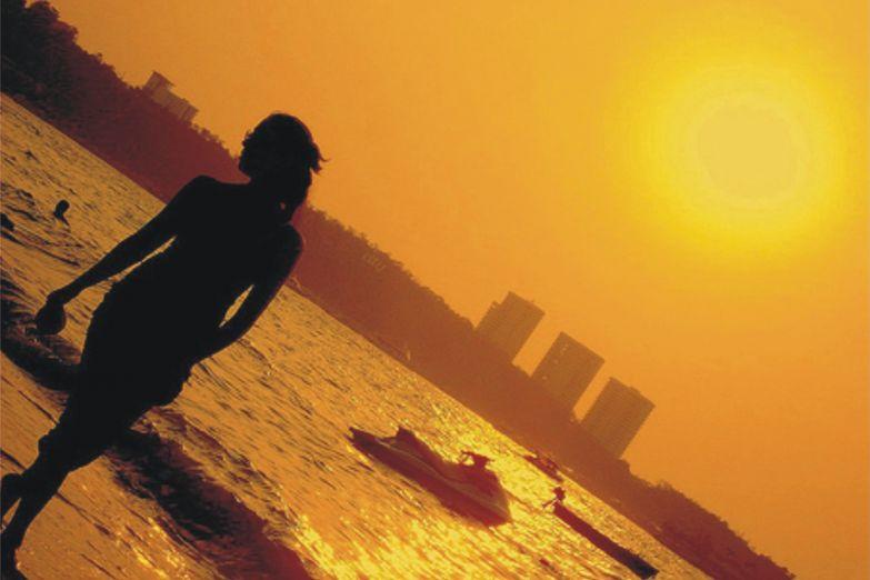 Закат над пляжем Паттайи