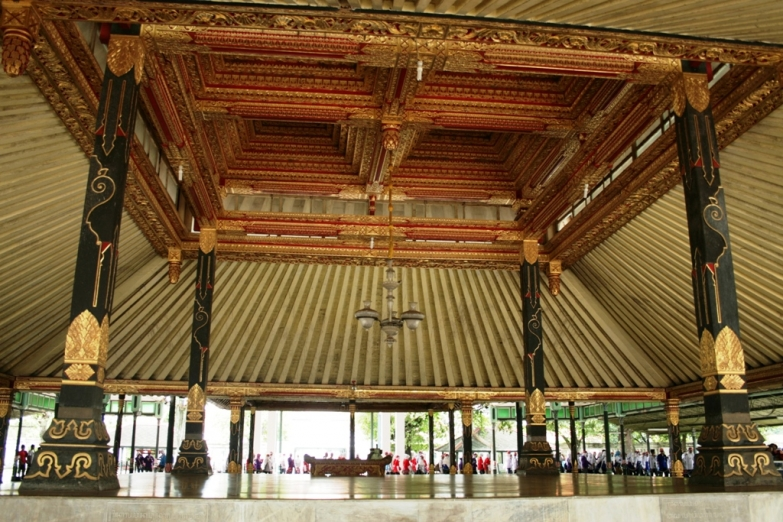 Интерьер Султанского дворца в Джокьякарте