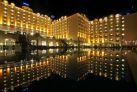 Вид на ночной отель