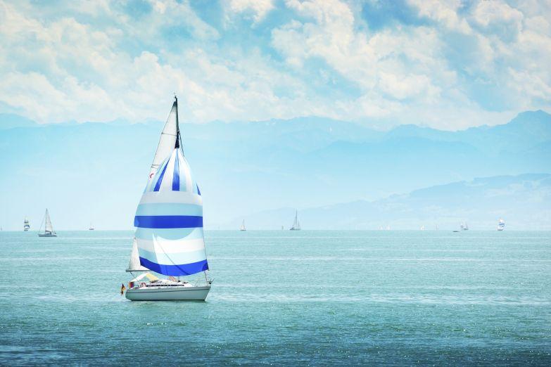 Яхта на Лазурном берегу