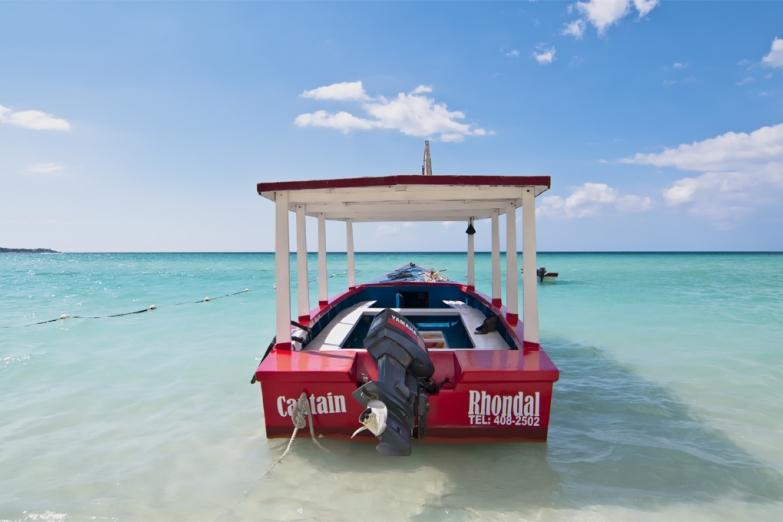 Экскурсионная лодка