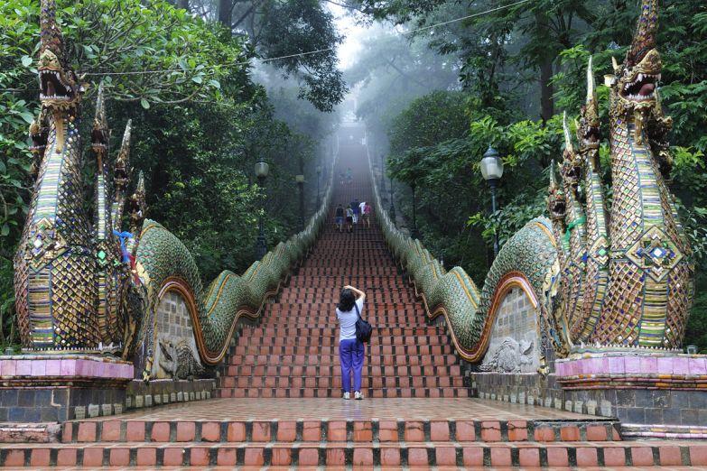 Лестница к храму Дои Сутхеп в Чианг Май