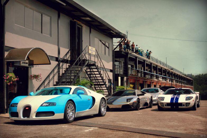 Bugatti Veyron, Lamborghini Murciélago LP640, Mercedes-Benz SLR McLaren, Ford GT