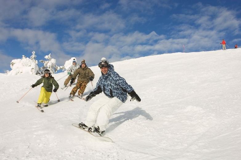 Спуск на горнолыжном курорте Леви