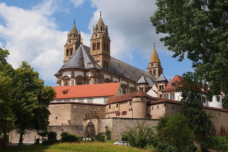 Монастырь Гросскомбург
