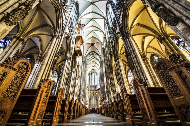 Интерьер Кельнского кафедрального собора