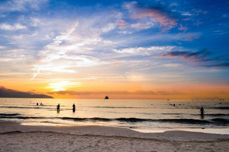 Песочный берег