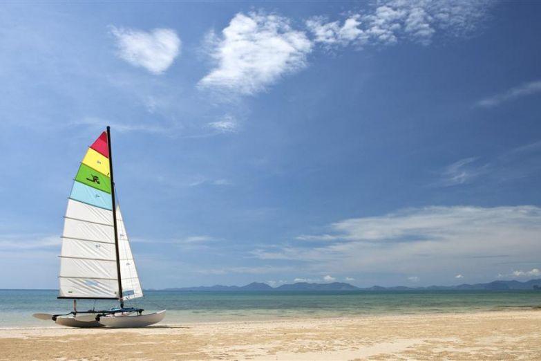 Пляж отеля Sheraton Krabi Beach Resort