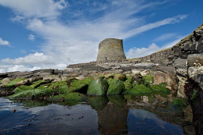 Древняя башня Муса-Брох на острове Мейнленд