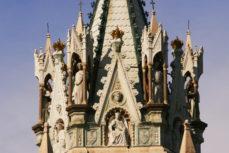 Верхушка Кафедрального собора Женевы