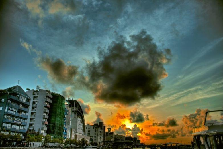 Закат над Мале