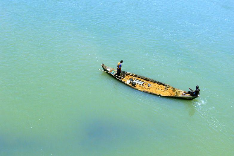 Рыбацкая лодка africa-foto-