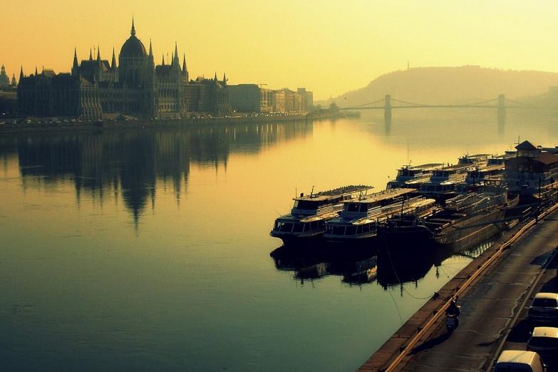 Утренний туман над Дунаем