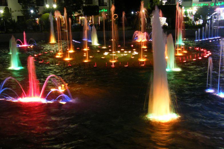 Поющие фонтаны, Порт эль-Кантауи