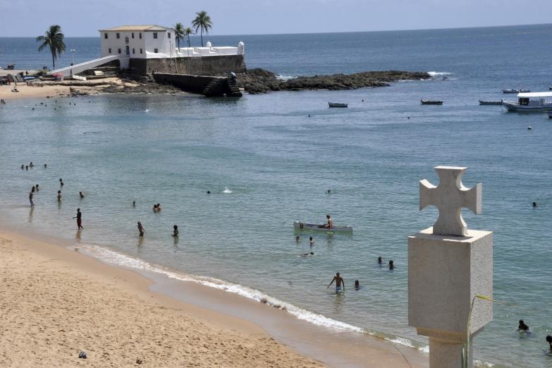 Пляж Порту-да-Барра