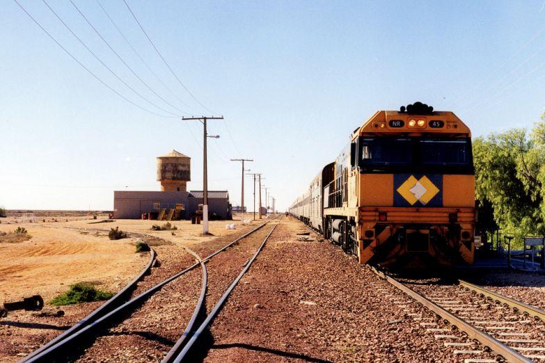 Австралийская железная дорога