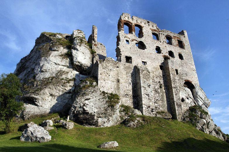 Замок Огродзенец