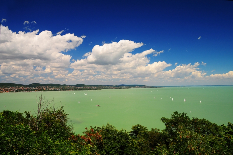 Озеро Балатон летом