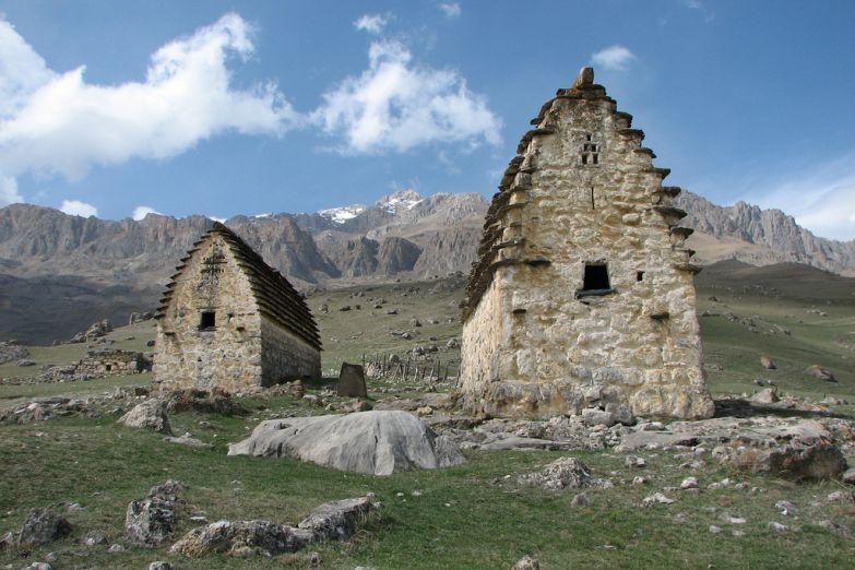 Древние сооружения на Кавказе