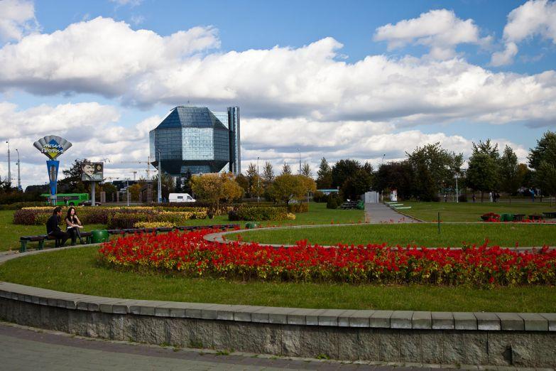 Здание Национальной библиотеки