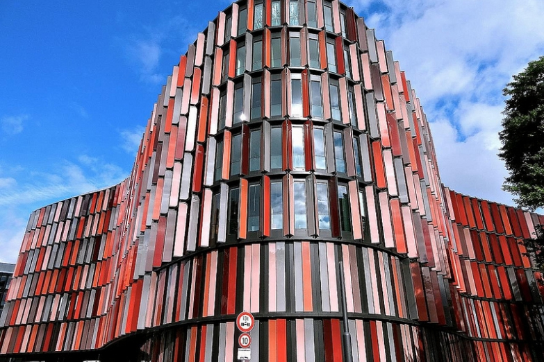 Офисный комплекс Cologne Oval Offices