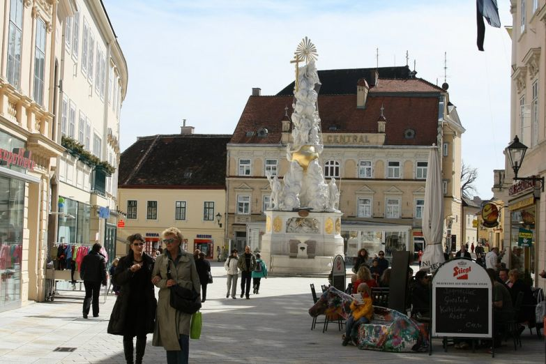 Чумная колонна на Главной площади