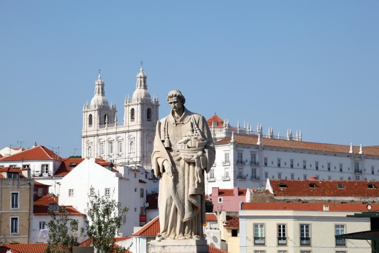 Памятник Св. Винсенту, покровителя Лиссабона