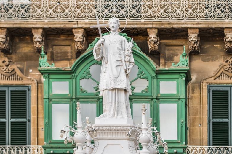 Памятник Св. Лаврентию на площади Витториоза