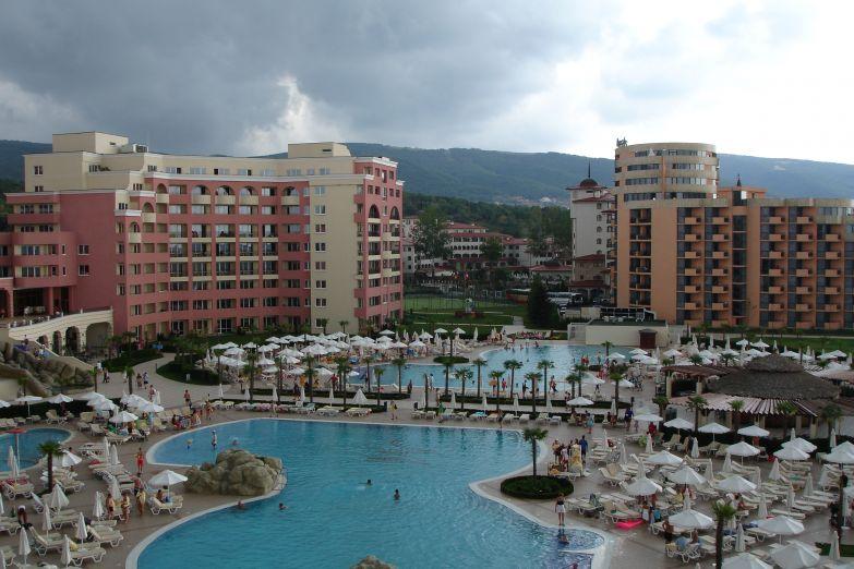 Отель на Солнечном береге