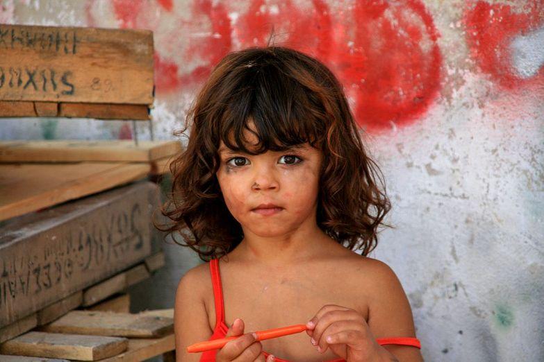 Девочка в Афинах