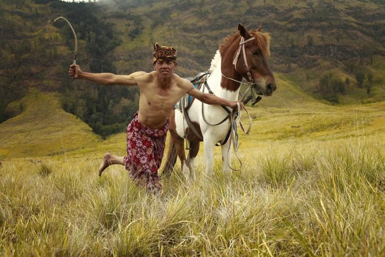 Член племени тенггер на Восточной Яве