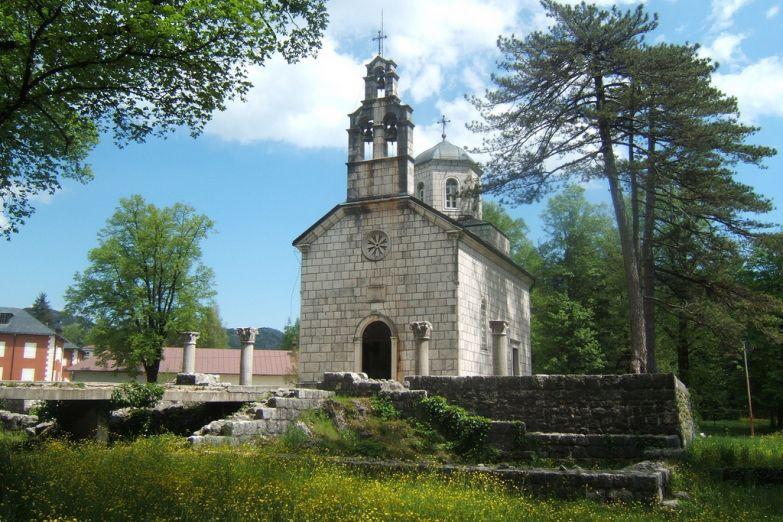 Дворцовая церковь