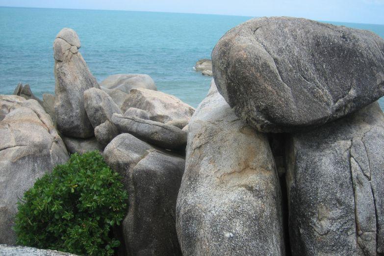 Камни Дедушка и Бабушка